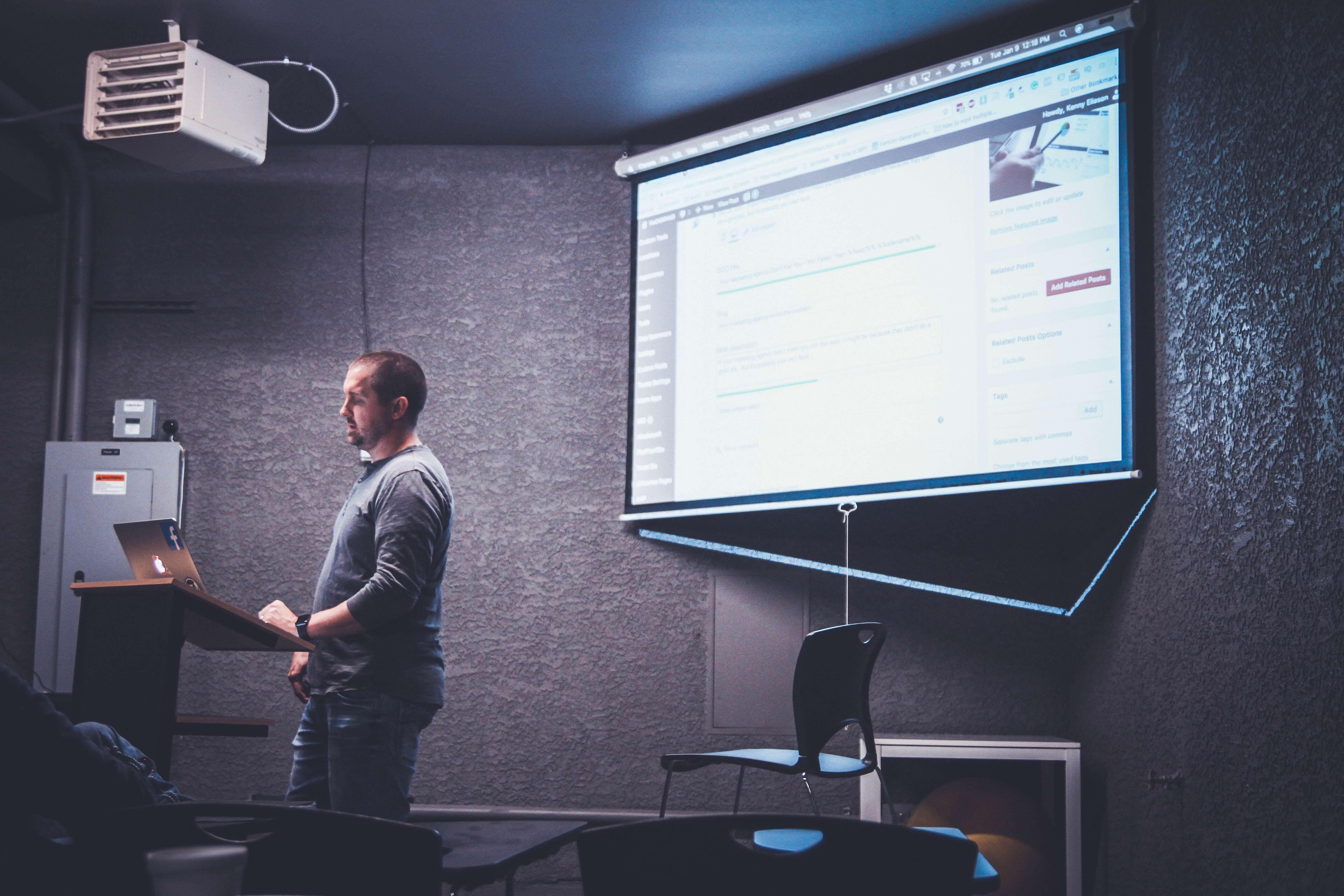 Formazione in Digital Marketing con Èspero